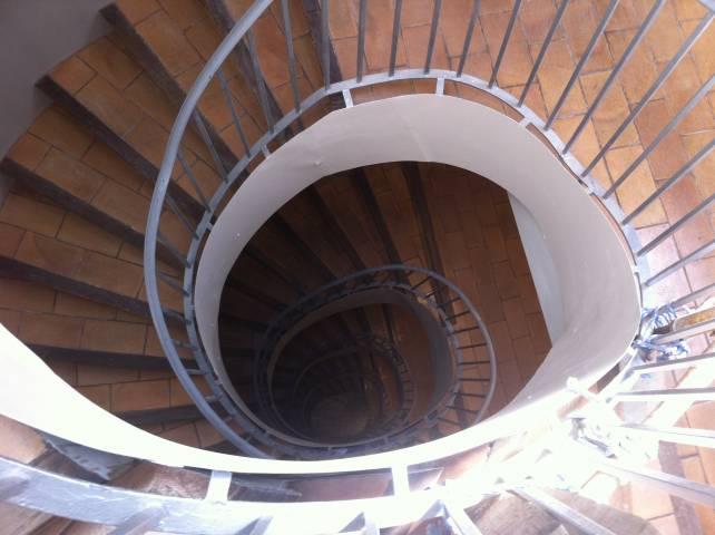 Reparació d'escales i vestíbuls